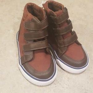 NWT High top boots - toddler boy